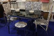 Столы и стулья для дома и кафе